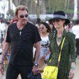 """"""" Johnny et Laeticia Hallyday, en amoureux, assistent au Festival de musique de Coachella, le 20 avril 2013 """""""