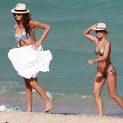 Nina Dobrev et Julianne Hough : Actrices et amies superbes en bikini