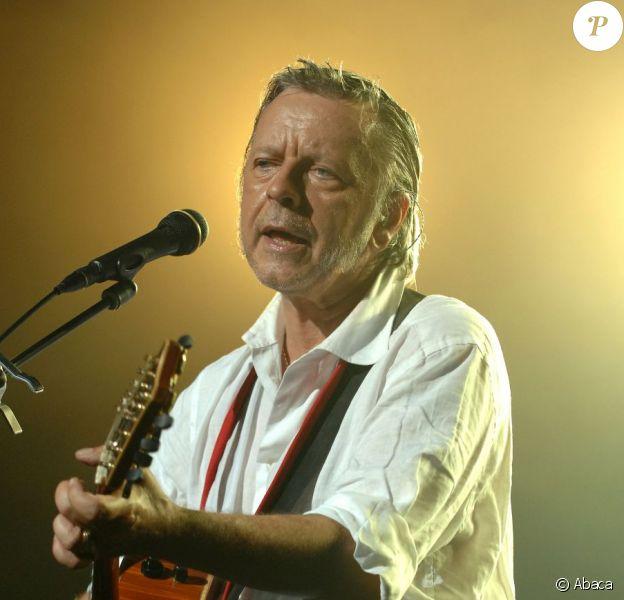 Renaud lors d'un concert en Suisse en 2007