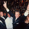 Alain Delon et Jack Lang lors du Festival de Cannes 1990