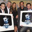 """Jonathan et Julien Dassin, les producteurs Gilbert et Nicole Coullier, le metteur en scène Christophe Barratier lors de la générale de la comédie musicale """"Il était une fois... Joe Dassin"""" au Grand Rex à Paris, le 7 octobre 2010."""