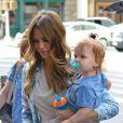 Jessica Alba et ses filles Honor et Haven se promènent à New York, le 7 mai 2013.