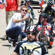 Le prince Harry lors d'une épreuve cycliste des Warrior Games à Colorado Springs le 12 mai 2013