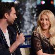 Adam Levine et Shakira lors de l'émission Extra sur NBC à Los Angeles, le 6 mai 2013.