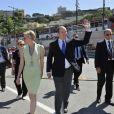 Le Prince Albert II de Monaco et la Princesse Charlene rendent visite aux membres de la Croix Rouge qui seront sur le circuit du Grand Prix de Formule 1 de Monaco - Le 23 mai 2013