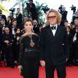 Peter Dundas et Clotilde Courau à la montée des marches du film The Immigrant au Palais des Festivals à Cannes, le 24 mai 2013.