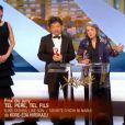 Rossy de Palma a apporté le prix du jury au film Tel père, tel fils du Japonais Kore-Eda Hirozaku lors de la cérémonie de clôture et la remise des prix du Festival de Cannes le 26 mai 2013