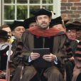 """Le comédien Ben Affleck reçoit le doctorat d'honneur de l'Université de Brown à Rhode Island, le 25 mai 2013. L'acteur et réalisateur reçoit un doctorat d'honneur en beaux-arts pour ses travaux, notamment son dernier film """"Argo""""."""