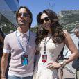 Jay Rutland et Tamara Ecclestone dans les travées du paddock du Grand Prix de Monaco le 26 mai 2013