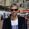 Paul Belmondo dans les travées du paddock du Grand Prix de Monaco le 26 mai 2013