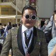 Dennis Care, sosie de Psy dans les travées du paddock du Grand Prix de Monaco le 26 mai 2013