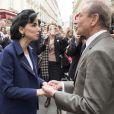 Bertrand Delanoë et Rachida Dati -  Inauguration de la plaque à la mémoire d'Yves Saint  Laurent  apposée sur la façade du 55, rue de  Babylone , à Paris le 1er juin 2013.