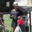 Halle Berry, enceinte, dans les rues de Los Angeles, le 3 juin 2013.
