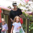 Halle Berry, enceinte, va chercher sa fille Nahla à l'école à Los Angeles, le 3 juin 2013.