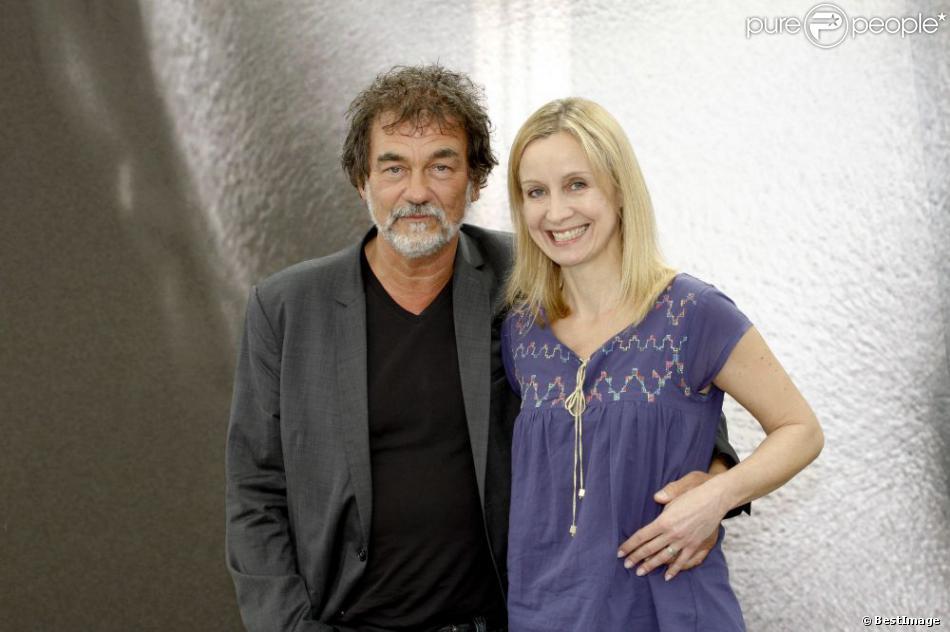 """Olivier Marchal et sa femme Catherine Marchal - Photocall de la série """"A votre service"""" lors du 53e Festival de Monte-Carlo au Forum Grimaldi à Monaco, le 10 Juin 2013."""