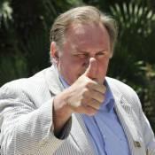 Gérard Depardieu, rien à cacher : sourd à la connerie, il sort ses 7 passeports