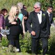 """Jessica Simpson, très enceinte, était la demoiselle d'honneur au mariage d'amis au """"Rancho Bernardo Inn"""" à San Diego, le 15 juin 2013."""