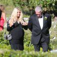 "Jessica Simpson, très enceinte, demoiselle d'honneur au mariage d'amis au ""Rancho Bernardo Inn"" à San Diego, le 15 juin 2013."
