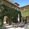La villa californienne - et l'un de ses loggias - dont Tom Hanks et son épouse Rita Wilson se séparent, la revendant au prix de 5,25 millions de dollars
