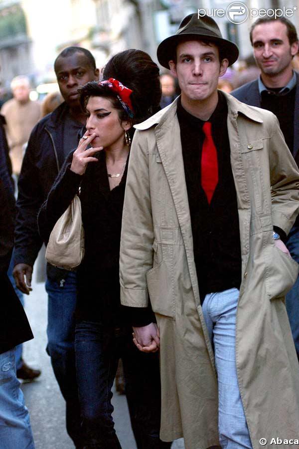 Amy Winehouse, son mari n'est pas sorti de la galère !