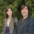 Charlotte Gainsbourg et Yvan Attal lors du tournoi de Roland-Garros le 9 juin 2008
