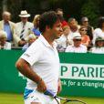 Fabrice Santoro très en jambes lors du BNP Paribas Tennis Classic qui se déroule au très sélect club de Hurlingham de Londres le 19 juin 2013