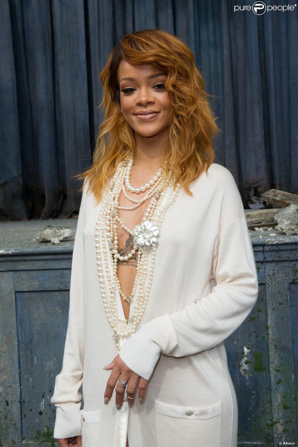 Rihanna lors du défilé Chanel haute-couture automne-hiver 2013/2014. Paris, le 2 juillet 2013.