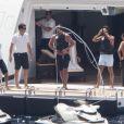 Tamara Ecclestone et son mari Jay Rutland, Petra Ecclestone et son époux James Stunt ont passé leurs vacances à bord d'un luxueux bateau, le Diamonds are for ever, au large de Capri, le 26 juin 2013