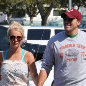 Britney Spears : Look en berne et mal coiffée au côté de son amoureux