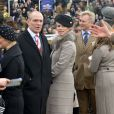 Zara Phillips et son époux Mike Tindall lors de la Gold Cup à Cheltenham le 15 mars 2013