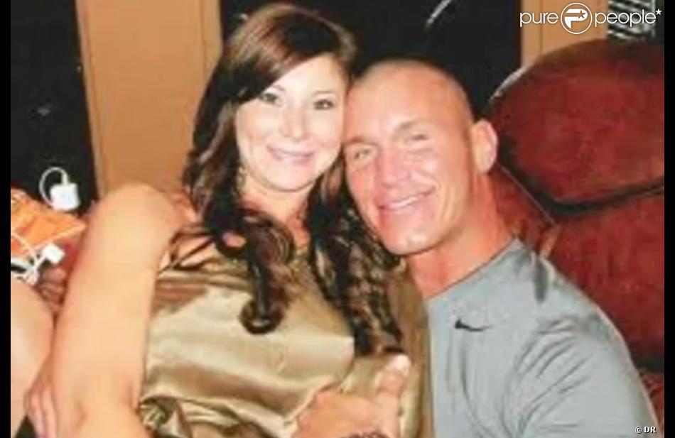 Randy orton la star du catch divorce de la belle - Catch de fille ...
