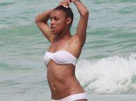 Melody Thornton : La bombe des Pussycat Dolls, sexy sirène des plages à Miami