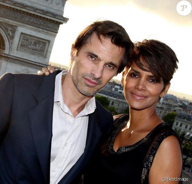 Exclusivité : Olivier Martinez et Halle Berry sur la terrasse de l'immeuble Publicis le 13 juin 2013