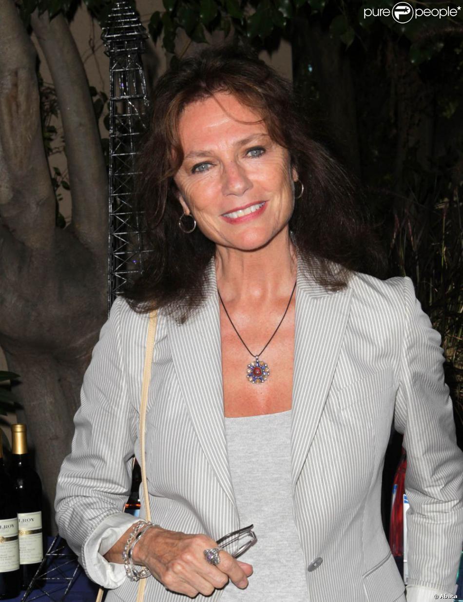Jacqueline Bisset lors de la célébration du 14 juillet dans la résidence du consul de France à Los Angeles le 14 juillet 2013
