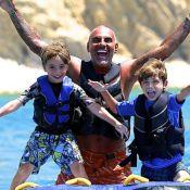 Christian Audigier : Avec ses enfants et sa jolie fiancée à Ibiza, il s'éclate !