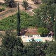 Vue aérienne du superbe domaine de Miraval à Correns appartenant à Angelina Jolie et Brad Pitt depuis 2008