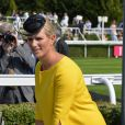 Zara Phillips, enceinte de son premier enfant, était très lookée lors du Ladies Day à l'hippodrome Glorious Goodwood de Chichester dans le West Sussex le 1er août 2013.