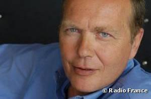 Mort de Roland Mihaïl : Le célèbre journaliste est décédé à l'âge de 60 ans