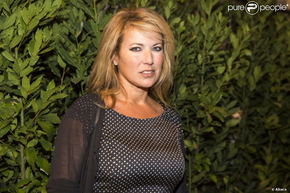 Natacha Amal au Théâtre de Verdure du Festival de Ramatuelle le 11 août 2013 pour une représentation de la pièce Le Roi se meurt avec Michel Bouquet.