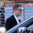 """Exclusif - Robert Pattinson est sur le tournage du film """"Maps to the Stars"""" à Beverly Hills, Los Angeles, le 19 août 2013."""