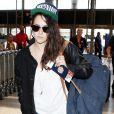 Kristen Stewart à l'aéroport de Lax en direction de Berlin, Los Angeles le 19 août 2013.