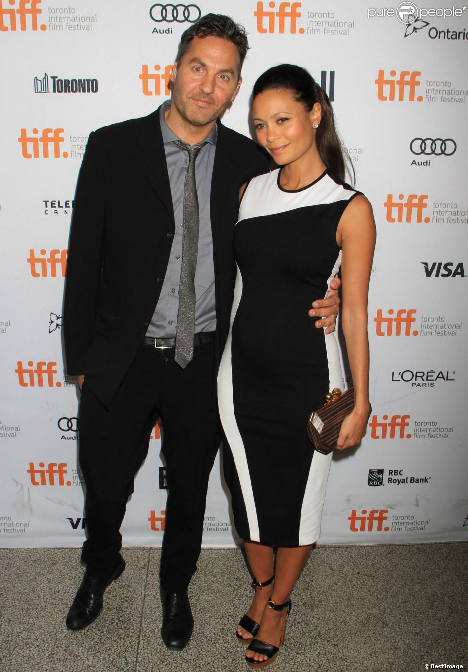 Thandie Newton, enceinte, et son mari Ol Parker lors du Festival international du film de Toronto et la présentation du film Half of a Yellow Sun, le 8 septembre 2013