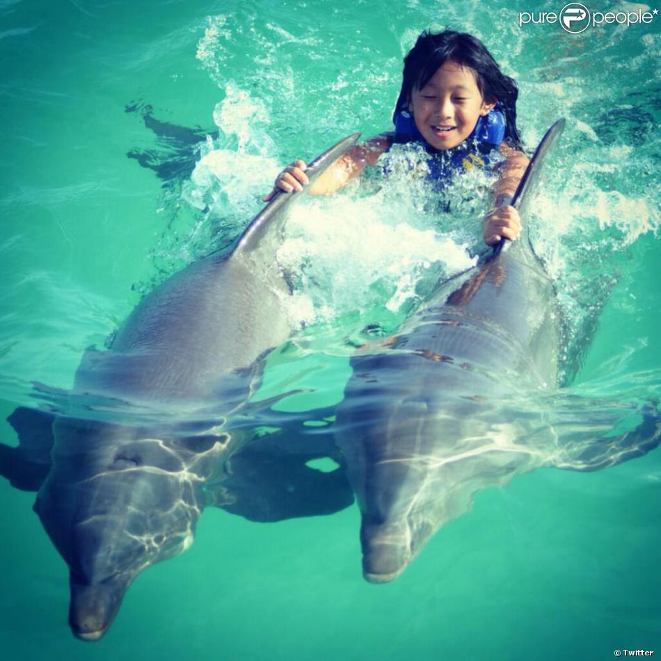 Jade r alise un r ve nager avec les dauphins le 16 ao t for Nager avec les dauphins nice