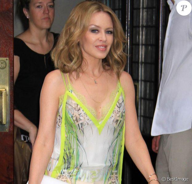 Kylie Minogue à la sortie de son hôtel à New York, le 18 Juin 2013.