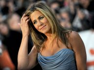 Jennifer Aniston sublime à Toronto, soutenue par son fiancé Justin Theroux