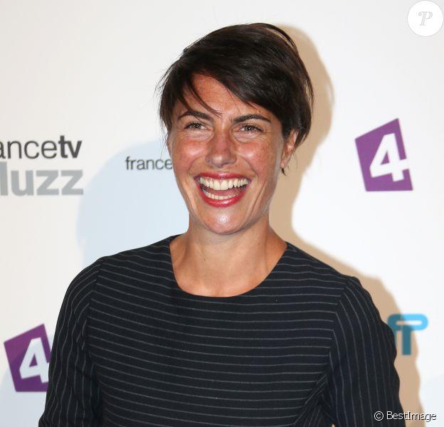 Alessandra Sublet lors de la conférence de presse de rentrée de France Télévisions au Palais de Tokyo le 27 août 2013 à Paris.