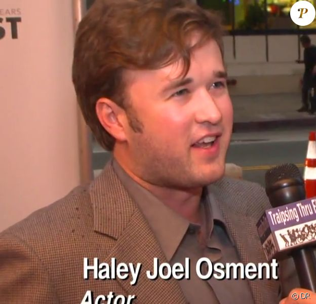Haley Joel Osment en 2012