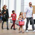 Heidi Klum en famille dans les rues de Los Angeles, le 21 septembre 2013.