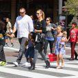 Heidi Klum avec son petit ami Martin Kristen et ses enfants à Los Angeles, le 21 septembre 2013.