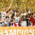 Les Bleus après la finale de l'Eurobasket remportée par la France face à la Lituanie (80-66), à Ljubjana, le 22 septembre 2013